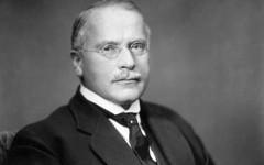 Lo psicologoe antropologo Carl Gustav Jung