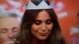 Rachele Risaliti in lacrime subito dopo l'incoronazione a Miss Italia 2016 sul palco di Jesolo