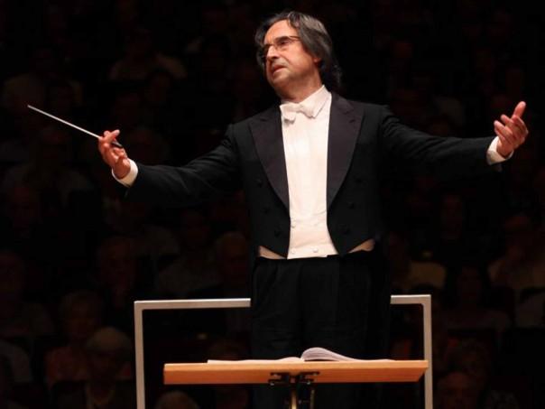 Il Maestro Riccardo Muti, che stasera chiederà al Presidente Mattarella di far traslare a Firenze le spoglie di Cherubini