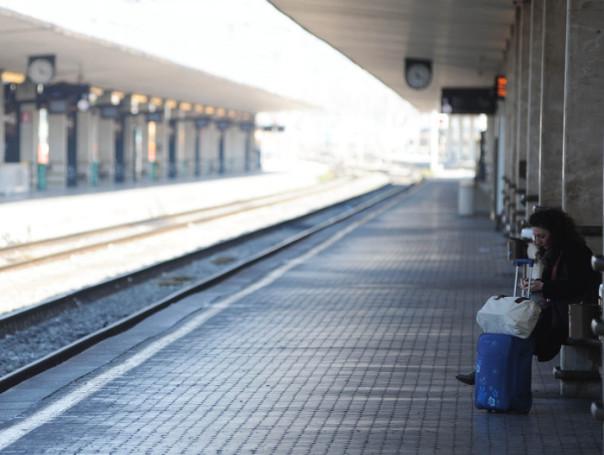 Stazione Santa Maria Novella Firenze treno treni sciopero