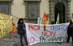 Taglio dello stipendio: protesta il portierato della Regione (Video)