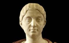 """Uffizi, restaurato il busto lapideo di """"Giulia Maesa"""", dopo il restauro (Foto Polo museale di Firenze)"""