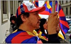 Manifestazione pro-Tibet a Firenze (Foto Massimo Lensi)