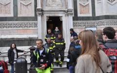 Dopo un malore, 50enne viene accompagnato giù dal Campanile di Giotto