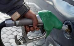 Benzina: prezzi fermi alla pompa per Pasqua. Le medie dell'Osservatorio del ministero dello sviluppo