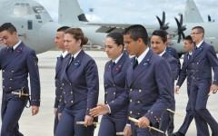 Un gruppo di allievi della Scuola militare aeronautica G. Douhet durante un'esercitazione
