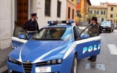 Senegalesi inseguono e fanno arrestare scippatore a Pisa