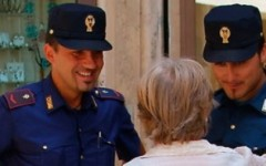 La Polizia in campo contro le truffe agli anziani