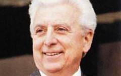 Calcio, oggi Firenze ricorda Artemio Franchi