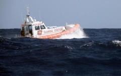 Forte dei Marmi: yacht in mezzo ai bagnanti, maxi multa