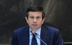 Il ministro Lupi in conferenza stampa dopo l'incontro con il Governatore Rossi