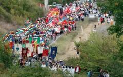 La manifestazione per dire no alla vendita all'asta di Suvignano