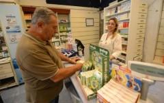 Farmaci, nei primi 6 mesi più ricette ma cala la spesa