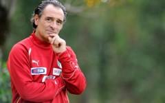 Il ct Prandelli tra Totti e Balotelli in vista di Brasile 2014