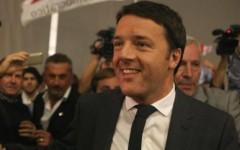 Matteo Renzi, il giorno dopo la Leopolda riveste i panni di sindaco