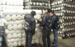 Evasione fiscale, sequestro di cinquemila rotoli di tessuto