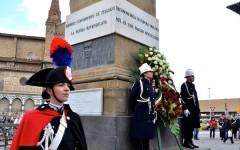 La cerimonia in piazza dell'Unità d'Italia a Firenze