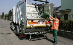 Firenze, raccolta rifiuti e lavaggio strade: ecco il calendario dei servizi per le feste di Natale e Capodanno