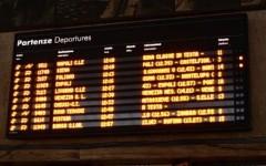 Guasto, solo in tarda mattinata riattivati i monitor alla stazione di Firenze