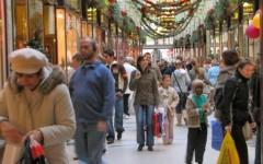 Cala la fiducia dei consumatori