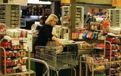 Consumatori, nuova stangata