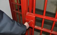 Massa: Porta Santa nella Casa circondariale aperta dal vescovo Santucci. L'intervento del sottosegretario alla giustizia Ferri