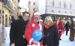Natale di solidarietà a Firenze con la Compagnia dei Babbi