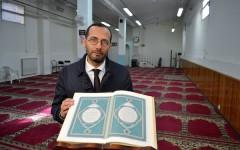 Firenze, l'imam Elzir: «Sdegno e condanna totale per il vile attentato di Parigi»
