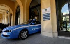 Statali, verso il nuovo blocco degli stipendi: il Siulp (sindacato di Polizia) attacca Renzi