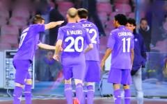 Fiorentina, bel colpo a Napoli: 0-1. Gol di Joaquin. Le pagelle