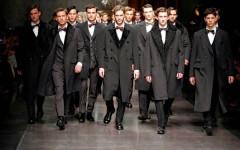 Una sfilata di moda maschile