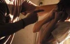 Picchiava la fidanzatina, 17 enne violento spedito in comunità