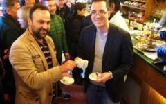A destra il sindaco di Volterra, Marco Buselli. Foto dal suo profilo Facebook