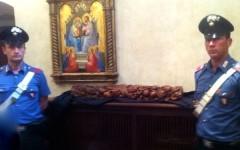 Firenze, ritrovata dopo 24 ore la formella rubata dal portone di Santa Croce