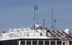 Concordia, la bandiera Blue Peter indica che la nave è pronta per partire