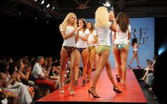 Firenze, nuove tendenze del beachwear con «Mare d'Amare»