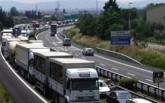 Autostrada A1 incidente mortale nei pressi di Chiusi. Traffico interrotto per oltre un'ora e poi ripristinato