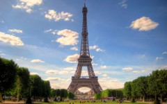 Parigi: Macron e Trump ceneranno sulla Tour Eiffel