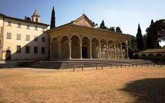 Arezzo, il parroco in chiesa annuncia ai fedeli: «Mi sposo». E lascia la tonaca