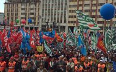 Sindacati in piazza il 2 maggio, lo slogan: «Cambiare le pensioni e dare lavoro ai giovani»