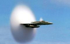 Toscana, caccia inseguono aereo sospetto: «bang» supersonico in Mugello e Valdarno. E scatta il panico da terremoto