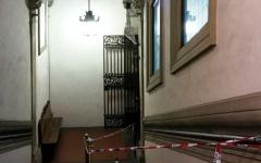 Firenze, Palazzo Vecchio: cadono frammenti di intonaco. Transennato lo scalone interno