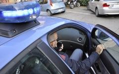 Prato: 26enne immigrato scippa un'anziana 83enne introducendosi nella sua auto. Arrestato dalla Polizia