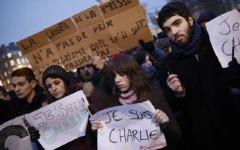 Francia, Reims: accerchiati dalle forze speciali i tre killer di Charlie Hebdo