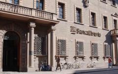 Arezzo, banca Etruria. risparmiatori all'attacco: non votate più Pd