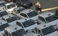 Firenze, taxi: dopo l'assemblea i tassisti proclamano lo stato d'agitazione. In arrivo altre giornate di caos