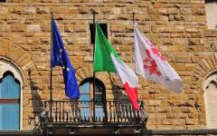 Uffizi, messaggio antibagarini: il Comune multa il museo, 422 euro di ammenda