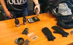 Firenze, rapinavano di sera i supermercati: due arrestati dalla Polizia (Video)