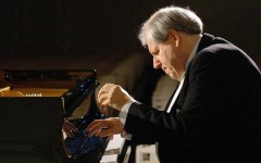 Il pianista russo Grigorij Sokolov