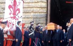 Firenze, folla commossa ai funerali del procuratore Tindari Baglione (FOTO -VIDEO)